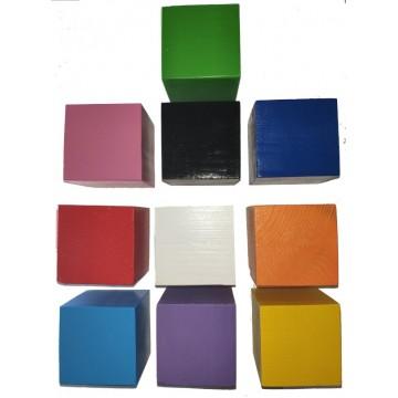 Цветные деревянные кубики...